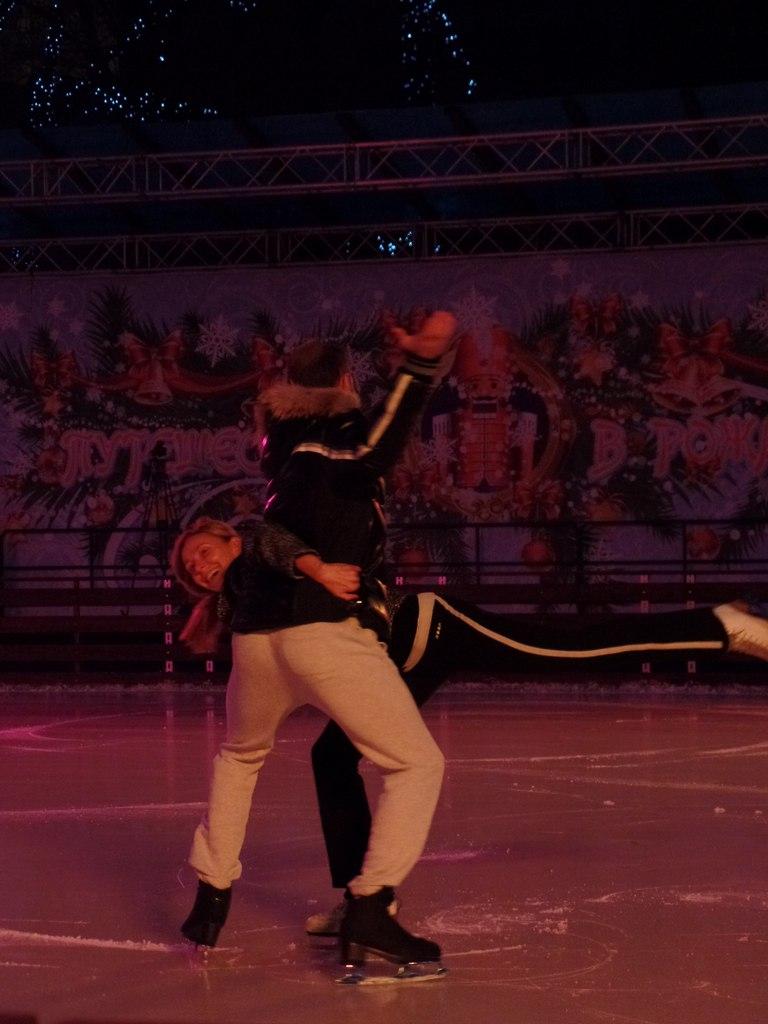 Ледовые шоу 2014-2015 - Страница 2 9edaJ4r4p_4