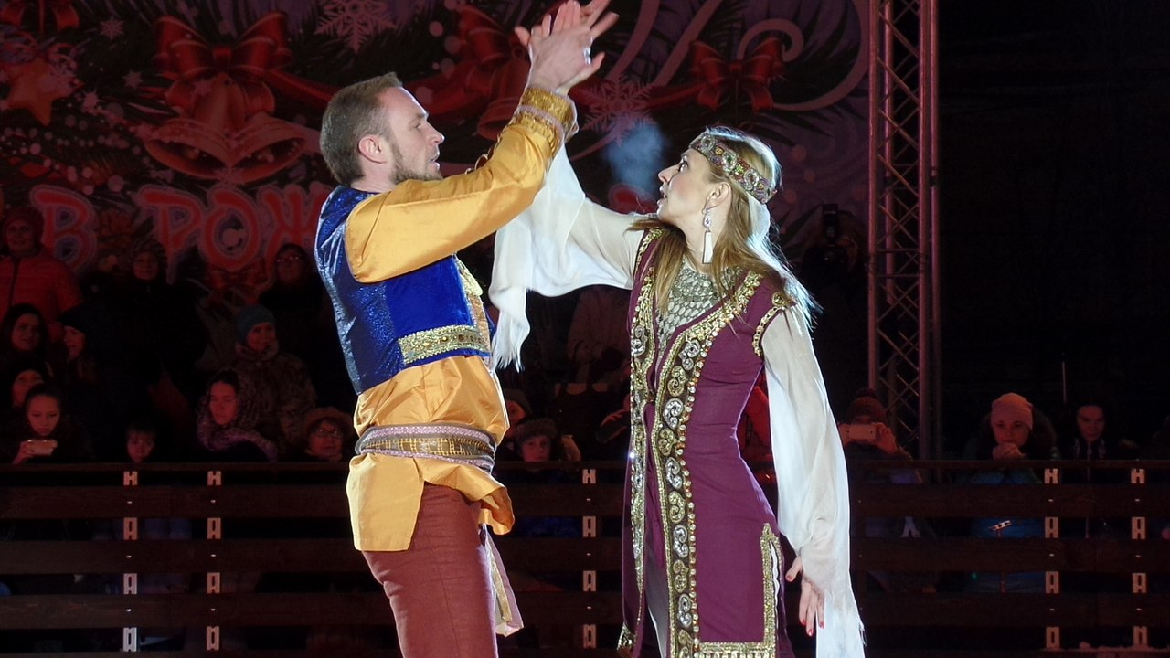 Ледовые шоу 2014-2015 - Страница 2 N-_ZrtsF6jY