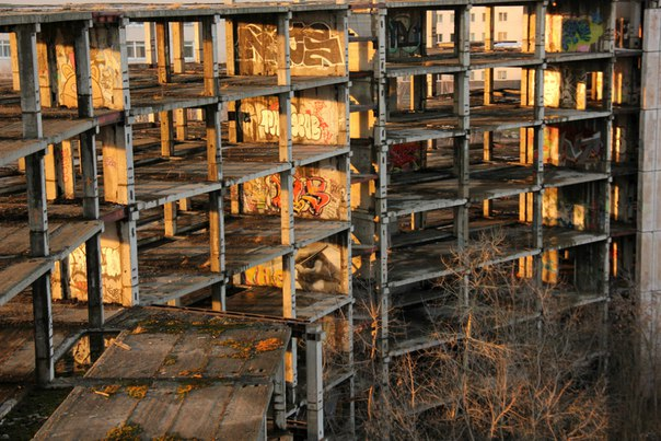 Заброшенное строение возле метро каширская