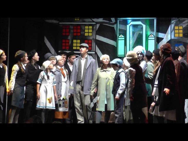 Domino Opava zpívá s gruzínským dětským sborem píseň z opery Brundibár