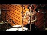 Travis Barker - Drum Solo &amp Warm Up