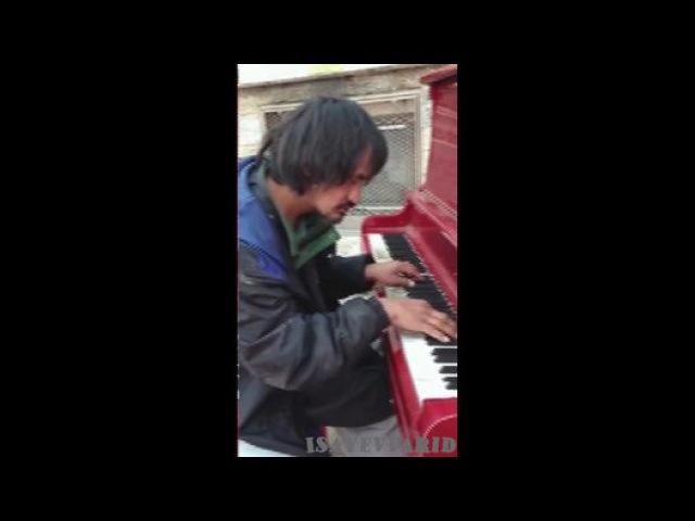 Бомж-пианист взорвал интернет! - Видео Dailymotion