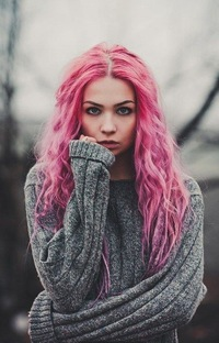 Картинки девушек с разноцветными волосами