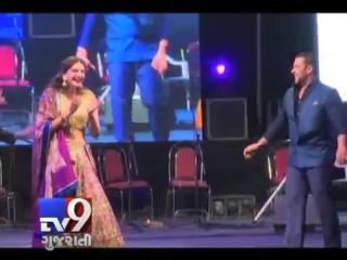 Salman khan, sonam kapoor perform garba in ahmedabad - tv9 gujarati