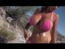 Ideal Body Girl ∞ модель Jordan Carver в розовом купальнике поливает себя маслом, play boy, striptease