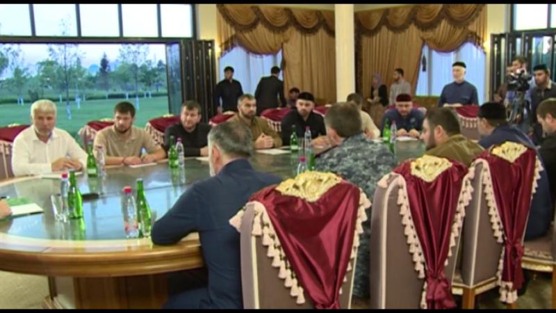 Встретился с министром внутренних дел РФ по ЧР генералом Русланом Алхановым и командирами подразделений МВД по ЧР