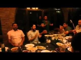 Грузины поют многоголосную песню в ресторане / Georgians singing Georgian polyphonic song