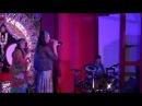 Юлианы Светличной и Елены Назаровой - играют на барабане под песни «Хари Кришна Хари Рама»