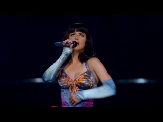 Katy Perry - Firework (The PRISMATIC WORLD TOUR LIVE) - (ZB)