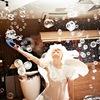 Конкурс для мам на свадьбе с мыльными пузырями