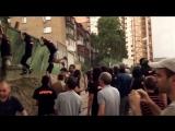 Как мартышки забор в Киеве ломали