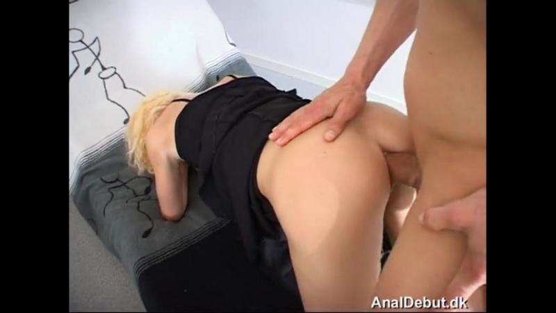 analniy-debyut-porno-video