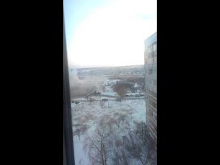 Залп ГРАДа в 100 м от многоэтажек Украина!