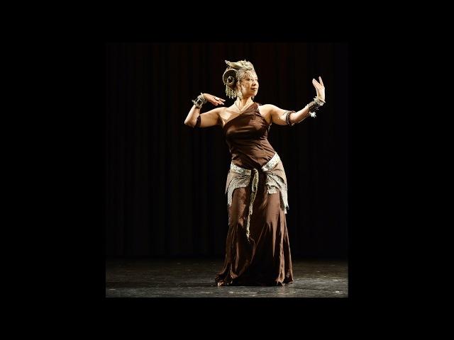 Donna Mejia Tribal Umrah Prague 2014