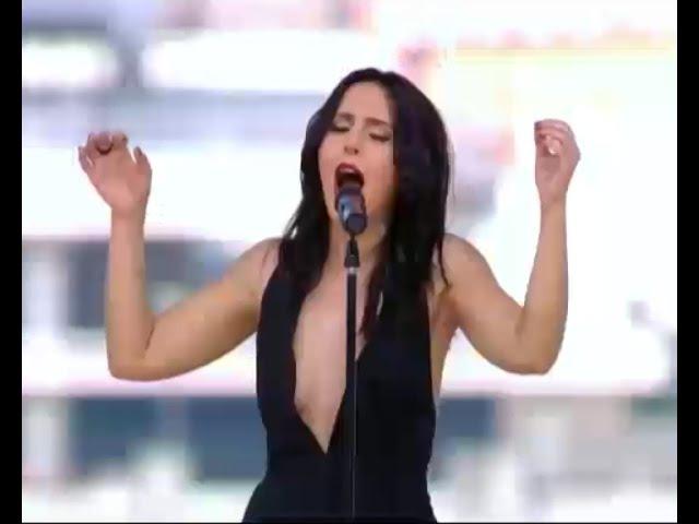 Джамала на дні народження Світського життя виконала пісню-символ програми