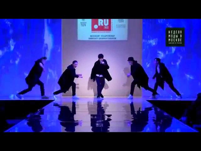 Кристиан Костов - Слушай дождь (live с танцем) на Показе Сабины Макатовой Единство ...