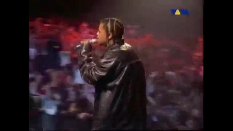 Eminem - Bitch Please II (feat. Dr. Dre, Snoop Dogg, Xzibit Nate Dogg)