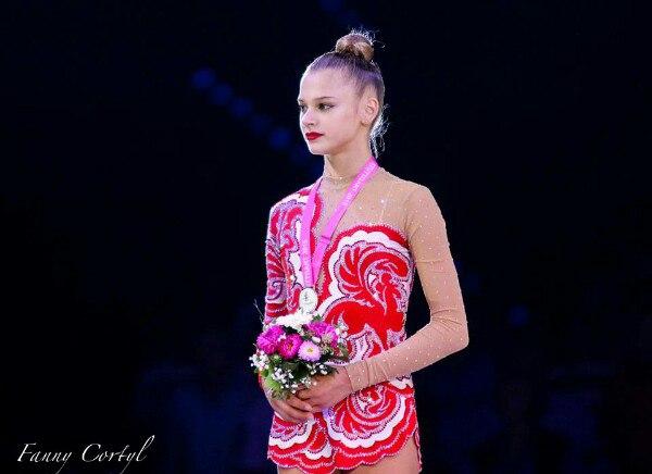 Чемпионат мира по художественной гимнастике. Штутгарт. 7-13 сентября 2015 - Страница 2 KKHc9_eQMb4