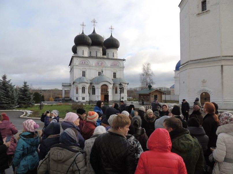 Памятник с крестом на просвет Краснокамск памятник с сердцем Кашин