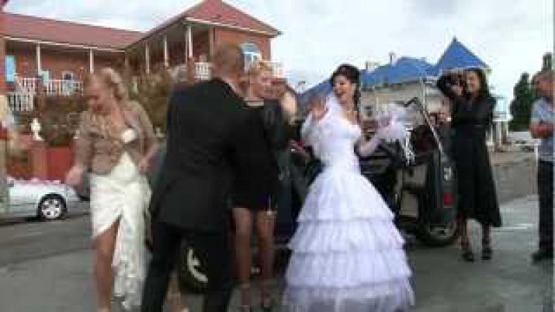 Танцы на свадьбе под