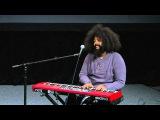 Reggie Watts Humor in music