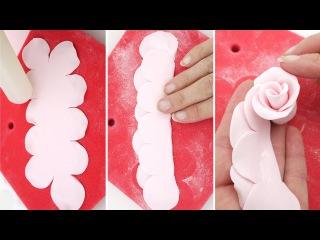 (группа LakomkaVK) Как сделать розу из сахарной мастики. Sugar Roses using The Easiest Rose Ever Cutter