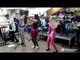 Виолетта Юшкина и Ксения Мулина - Uptown Funk (Kids Fest 2015)