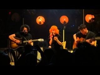 Misguided Ghosts (Live in Baltimore) - Paramore