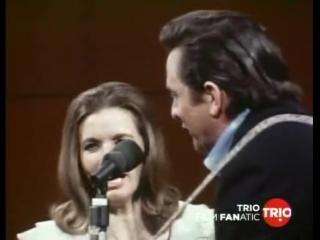 Johnny Cash in San Quentin (1969).Выступление Джонни перед заключёнными калифорнийской тюрьмы Сан Квентин 24 февраля 1969 года.