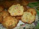 Закусочные кексики с ветчиной и сыром