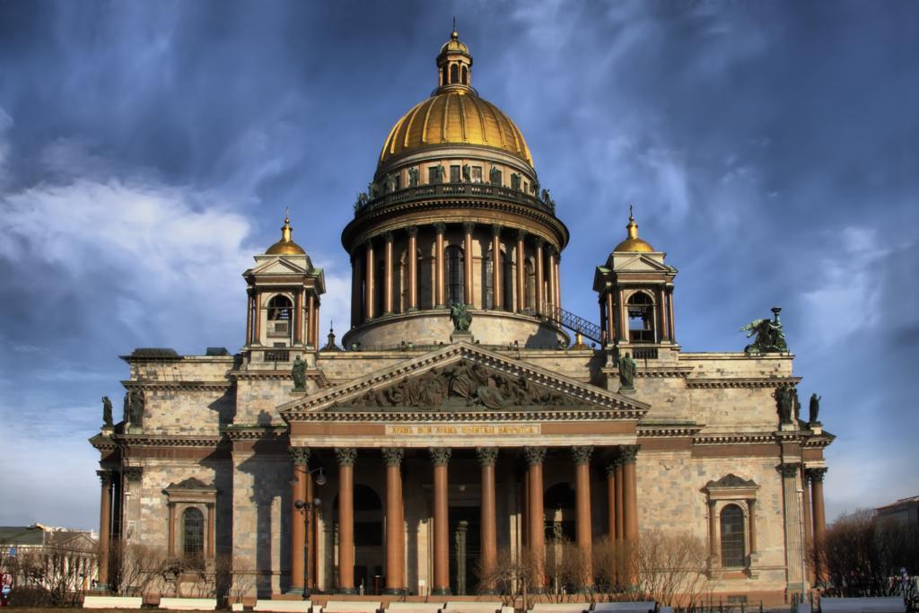 """""""Фонтанка"""": Исаакиевский собор передадут РПЦ до конца года"""