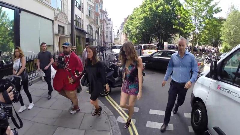 18 июня 2015: Кара около офиса радио-студии BBC, Лондон