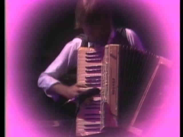 Emerson, Lake Palmer - C'est La Vie (HQ)