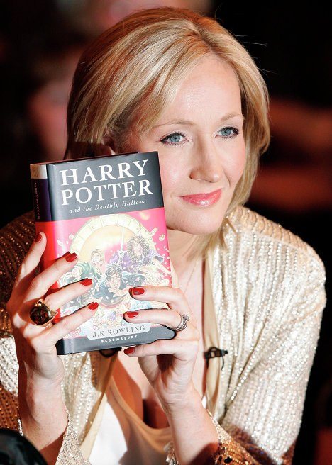 an analysis of the harry potter series by jk rowling