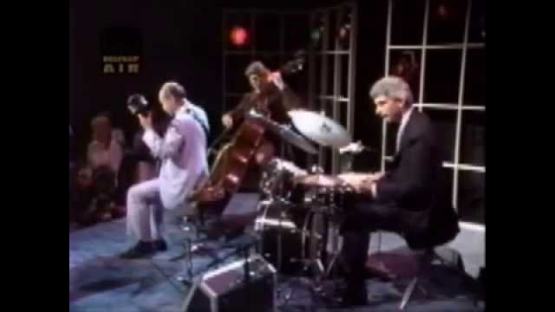 Joe Pass Trio - Club Date 1989