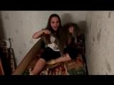 Девушка лижет киску