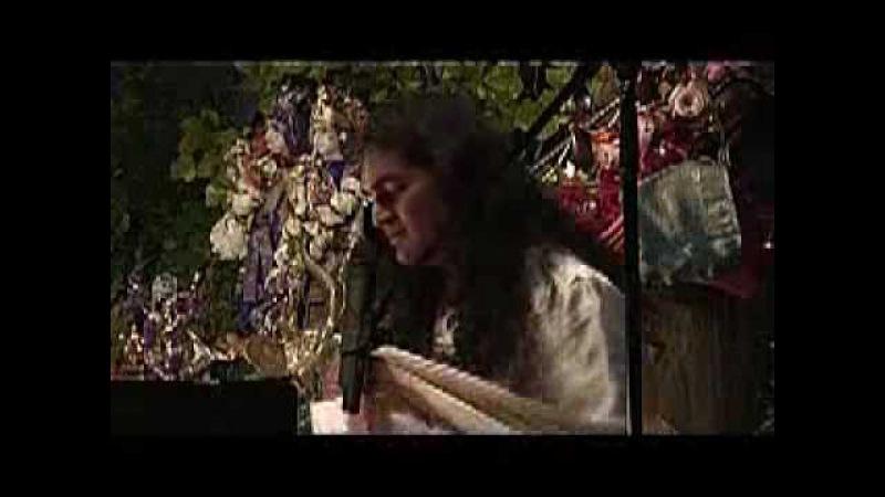 Бхаджан «Бала Мукунда» в исполнении Свами Вишвананды