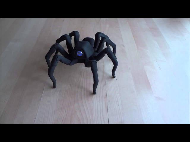 Робот-паук, созданный при помощи 3D-печати, танцует сальсу