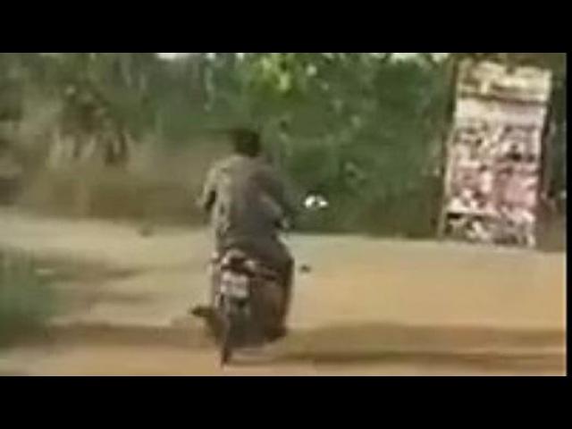 Sarhoş Adam Motosiklete Binerse - Dailymotion video