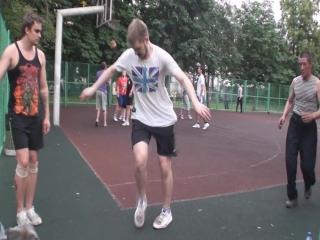 челик с носком танцует))00)