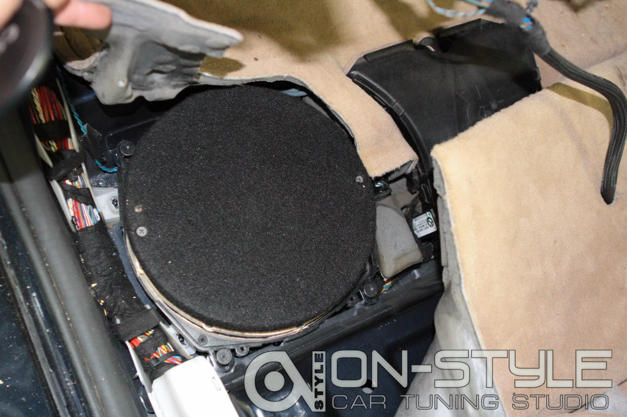 Мидбас DLS Irridium в BMW x5