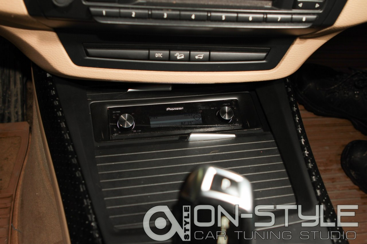 Pioneer p99RS BMW X5