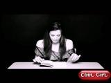 Актриса читает книгу, сидя на вибраторе!испытывает оргазм!