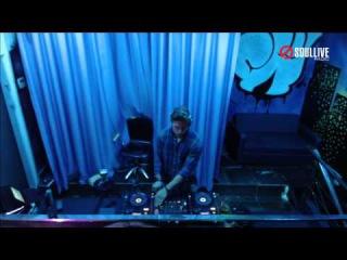Hi-Tech Radioshow - Solovov & SANchez (Musty Luxury) (soullivefm.com)