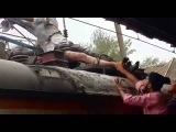 Погибает от удара тока на крыше поезда