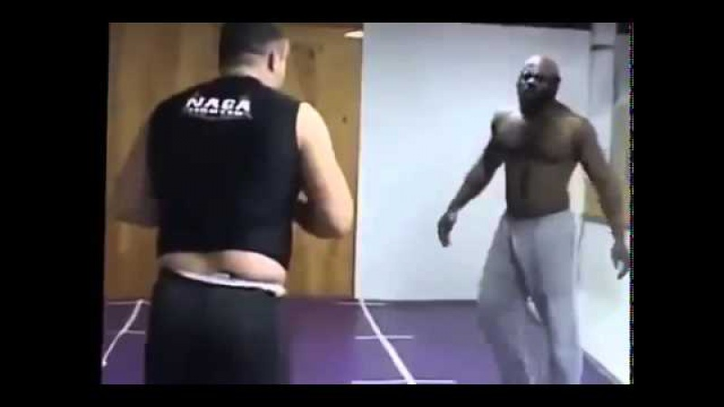 Kimbo Slice (MMA) vs Sean Gannon (MMA/Police Officer) Steet Fight
