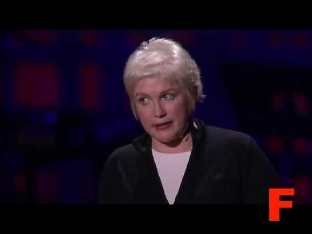 Джулия Свини говорит с восьмилетней дочкой о сексе