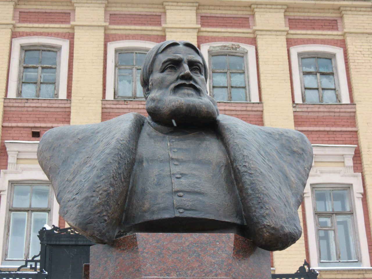 Памятник на лядова нижний новгород памятники на могилу ульяновск цена