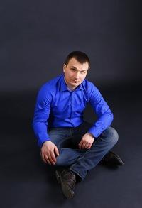 Артем Саенко