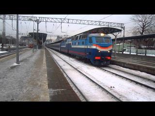 Электровоз ЧС7-038 с поездом №9 Москва-Варшава